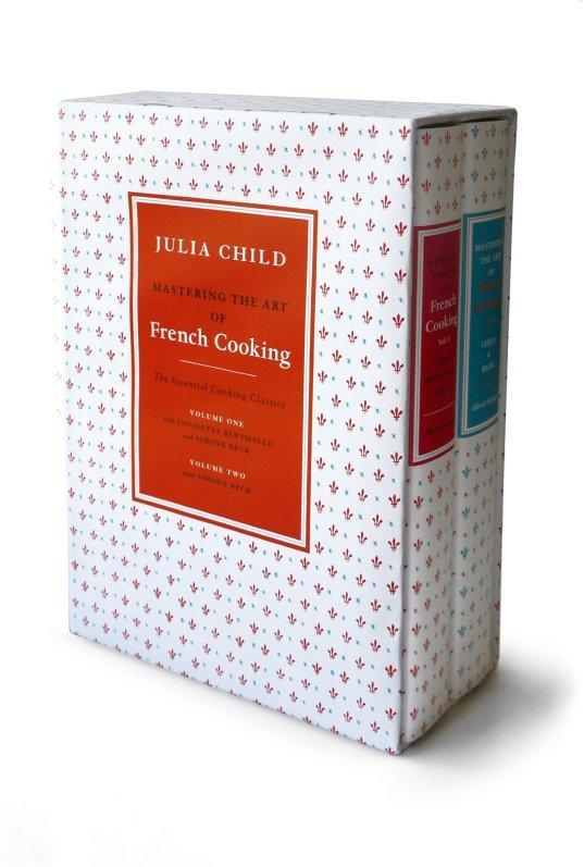 """Um dos mais famosos legados de Julia - """"Mastering the Arte of French Cooking""""."""